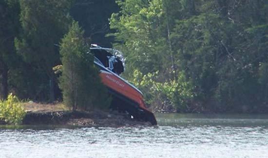 TWRA: 4 hurt in Douglas Lake boating accident